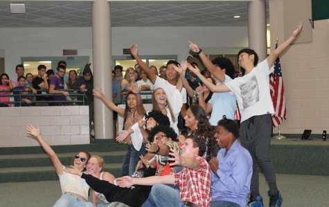 The 70's Bring Disco and Dance to the Upper School