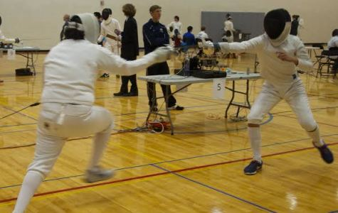Pabon finishes 10 out of 300 in collegiate fencing tournament