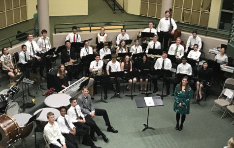 Holiday concert Saturday at 6pm features US band, other ensembles