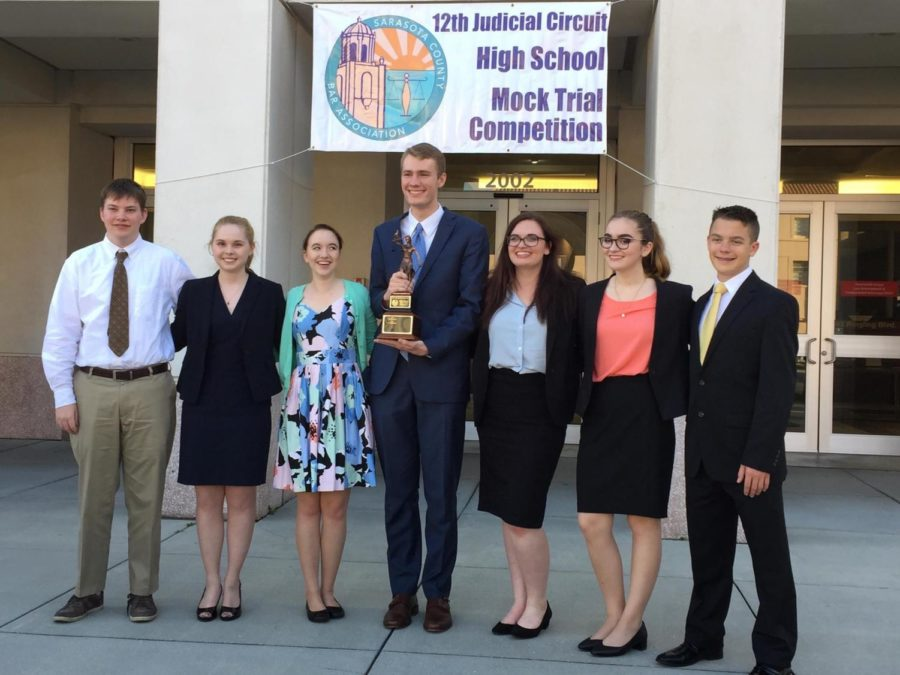 Mock Trial headed to States! Gauntlet Wednesday to honor team