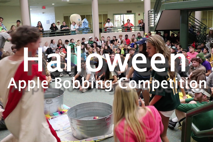Video: Halloween Apple Bobbing