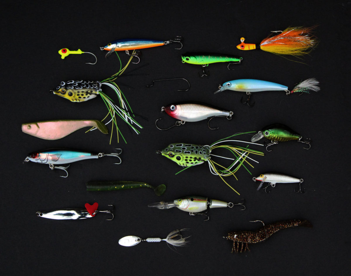 Sket+captures+the+details+of+the+different+types+of+fishing+lures+