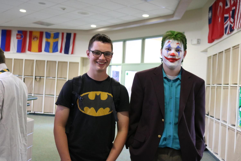 Senior+Dylan+Zoller+and+a+junior+Conner+Kitchner+pose+as+Batman+and+Joker.