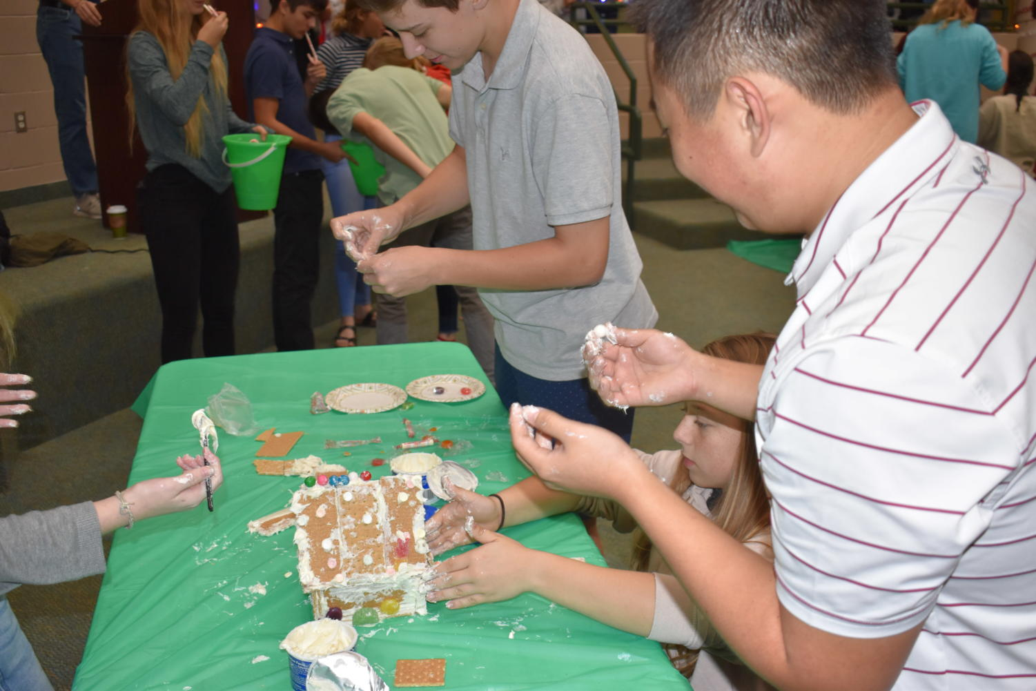 The+freshman+gave+it+their+all+constructing+their+gingerbread+house.